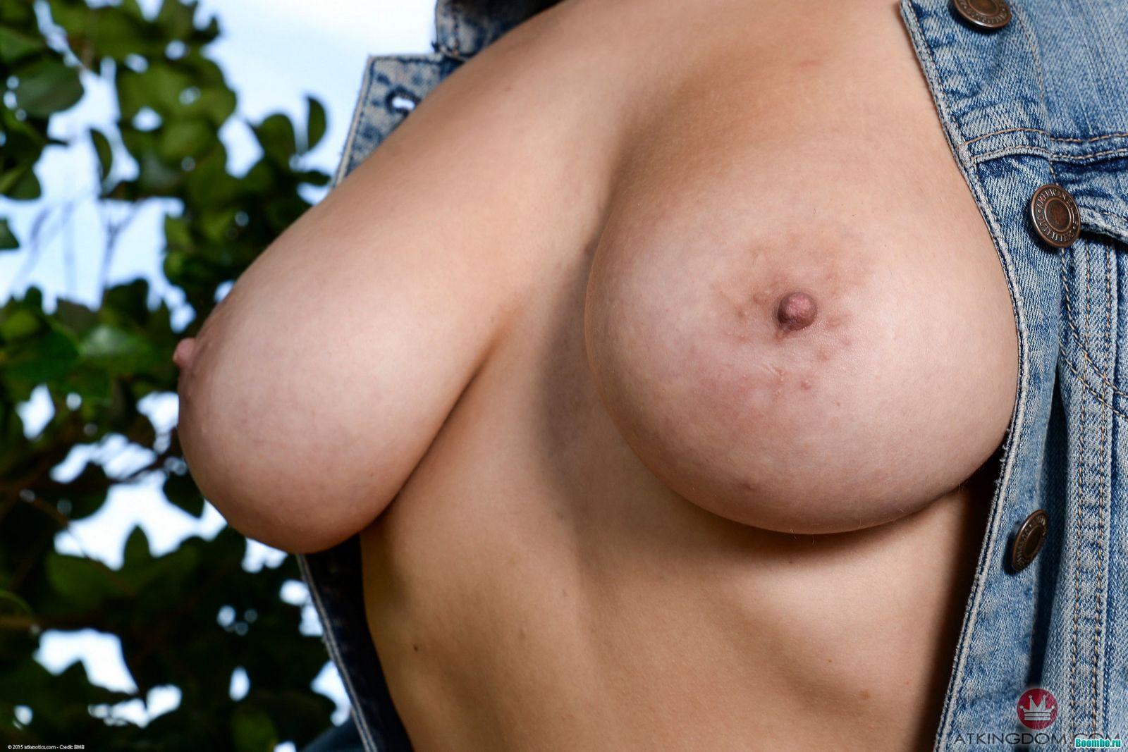 Фото большие и обвисшие сиськи, Фото женщин с отвисшими сиськами Частные порно 3 фотография