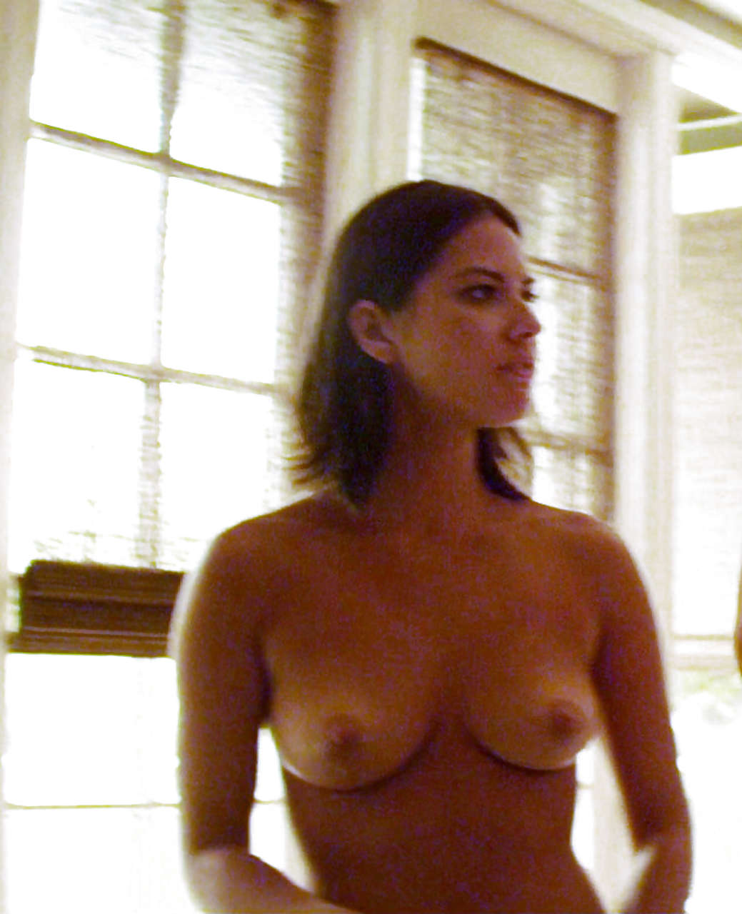 Leslie Mann Nude Pics